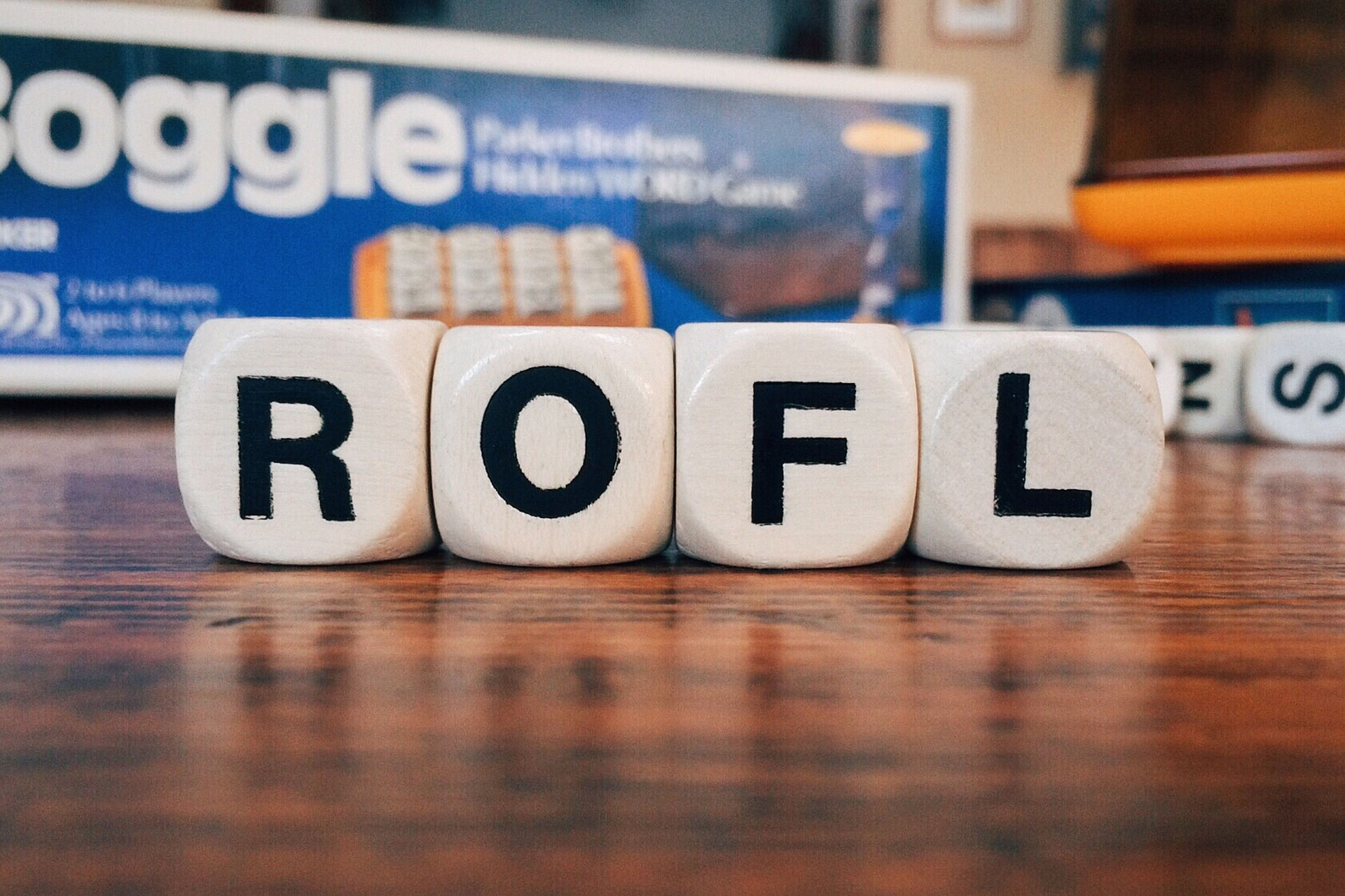 cubes with letters r o f l